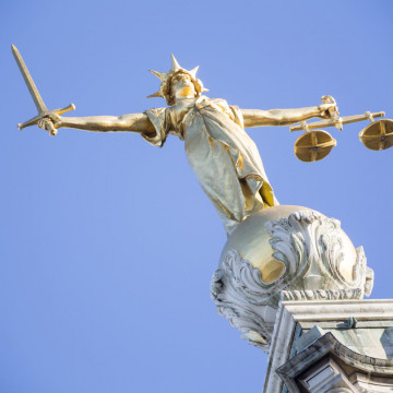 Lady Justice on top of Old Bailey